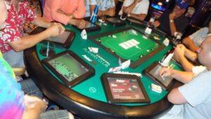 pokertek table