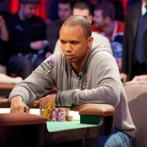 Phil Ivey at poker table