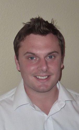 poker hypnotherapist Elliot Roe