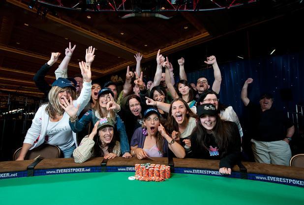 Cam free poker strip web