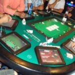 pokertek table