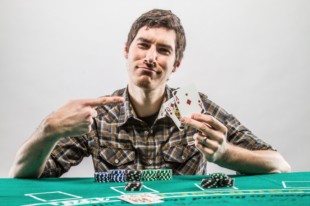 Professional blackjack player tips