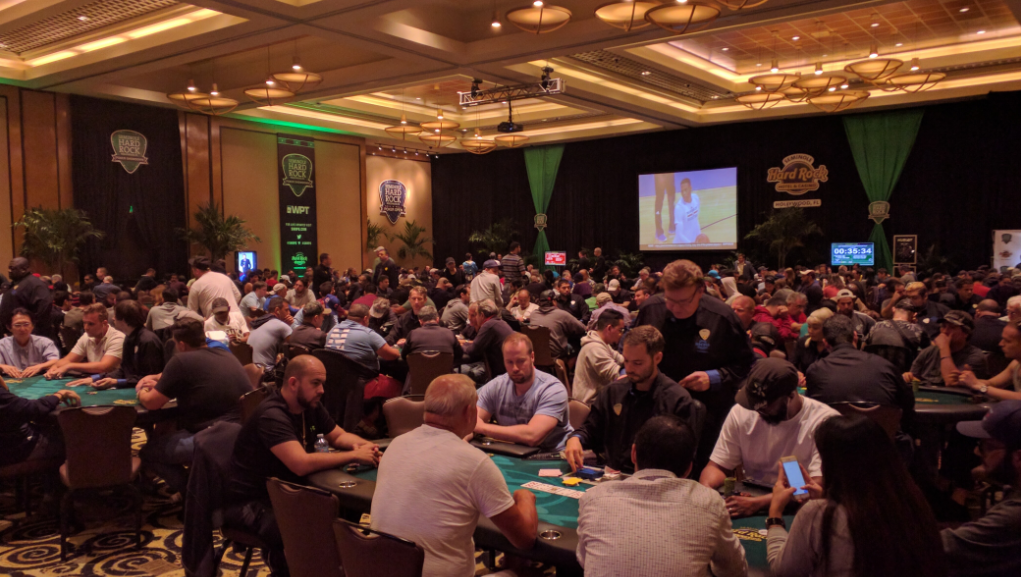 full poker room