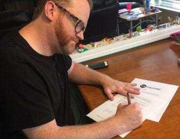 Lance Bradley signing