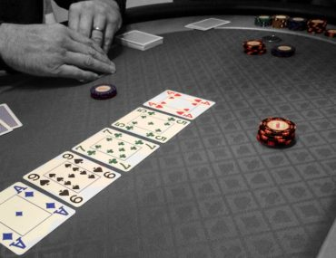 poker table chips