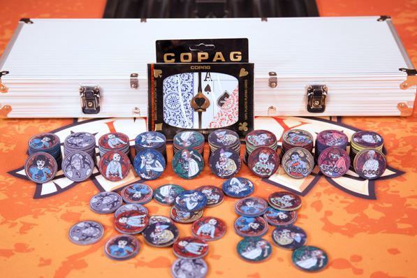 standard poker chip set