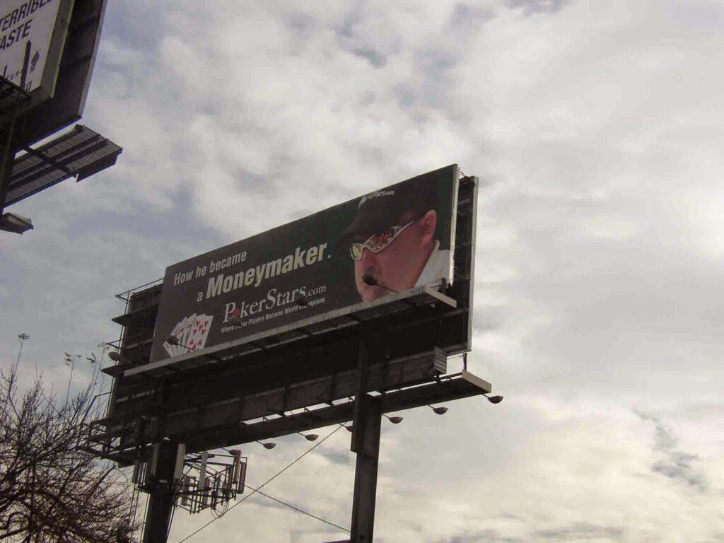 Moneymaker billboard