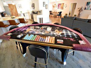 Meja Poker Apartemen